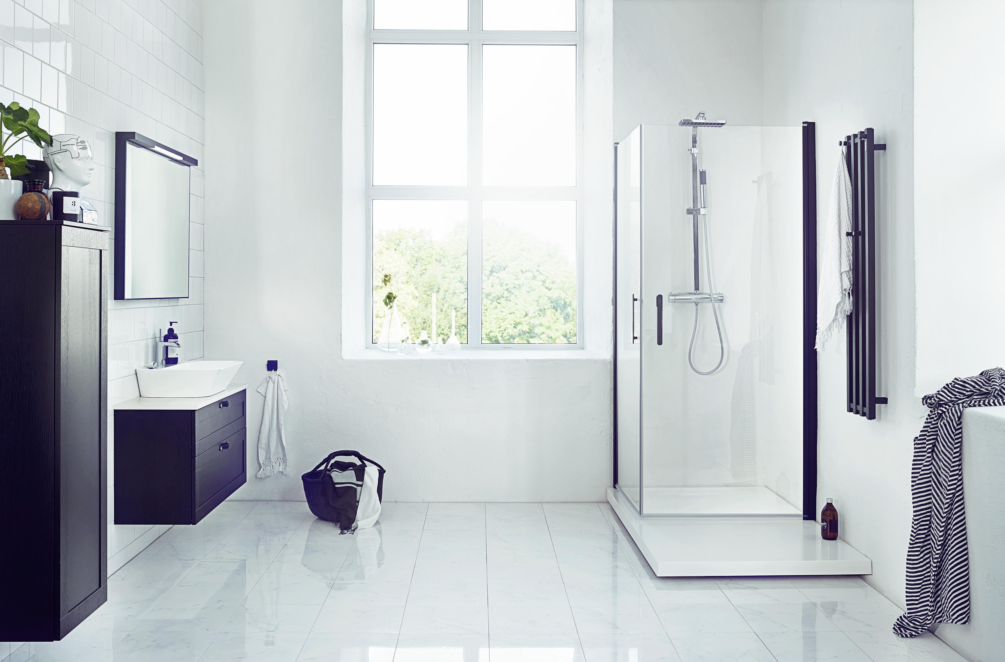 Dekton i fyra badrumskoncept från Svedbergs Byggkontakt