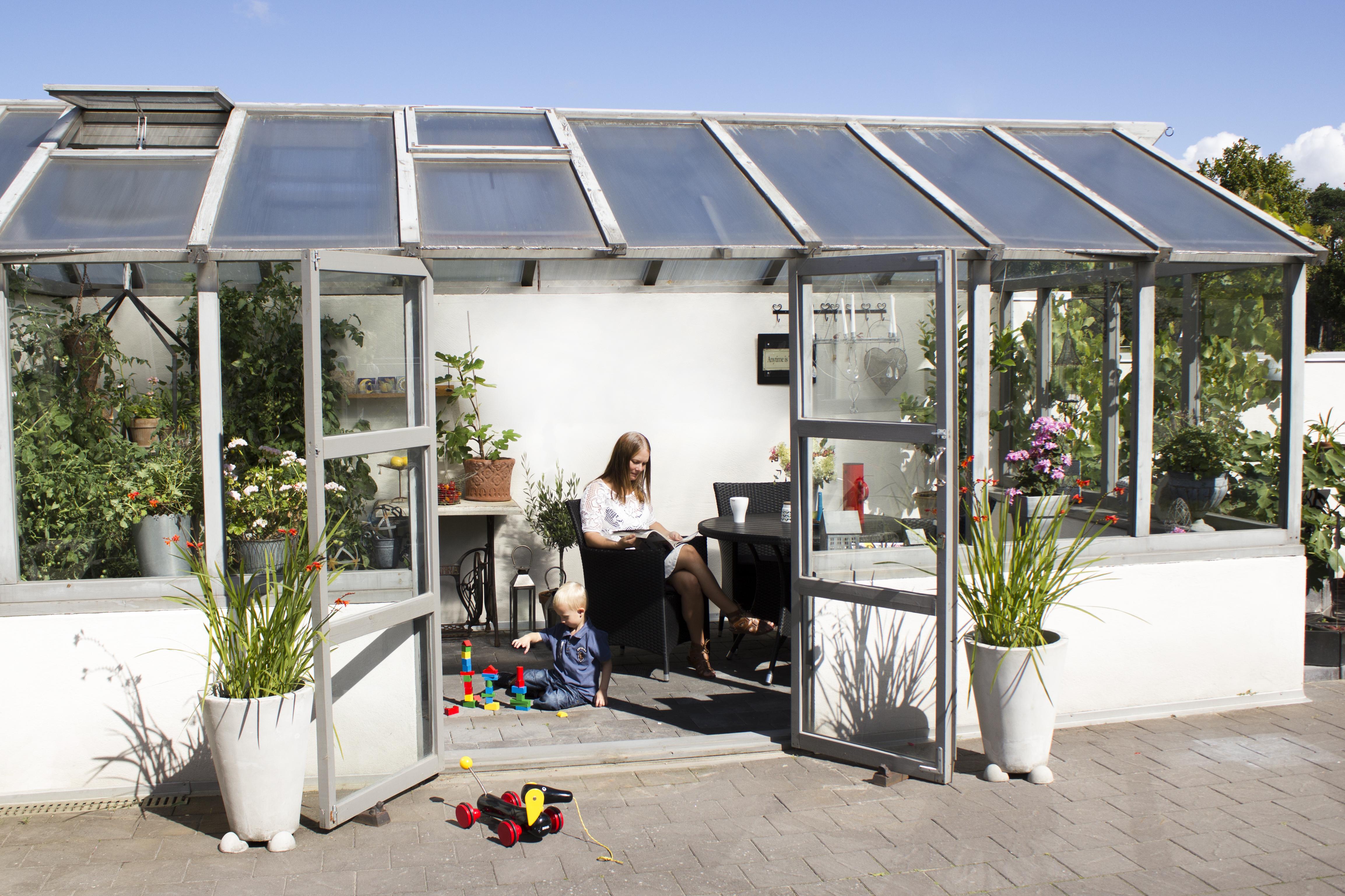 Grönskande växthus gör det själv Byggkontakt